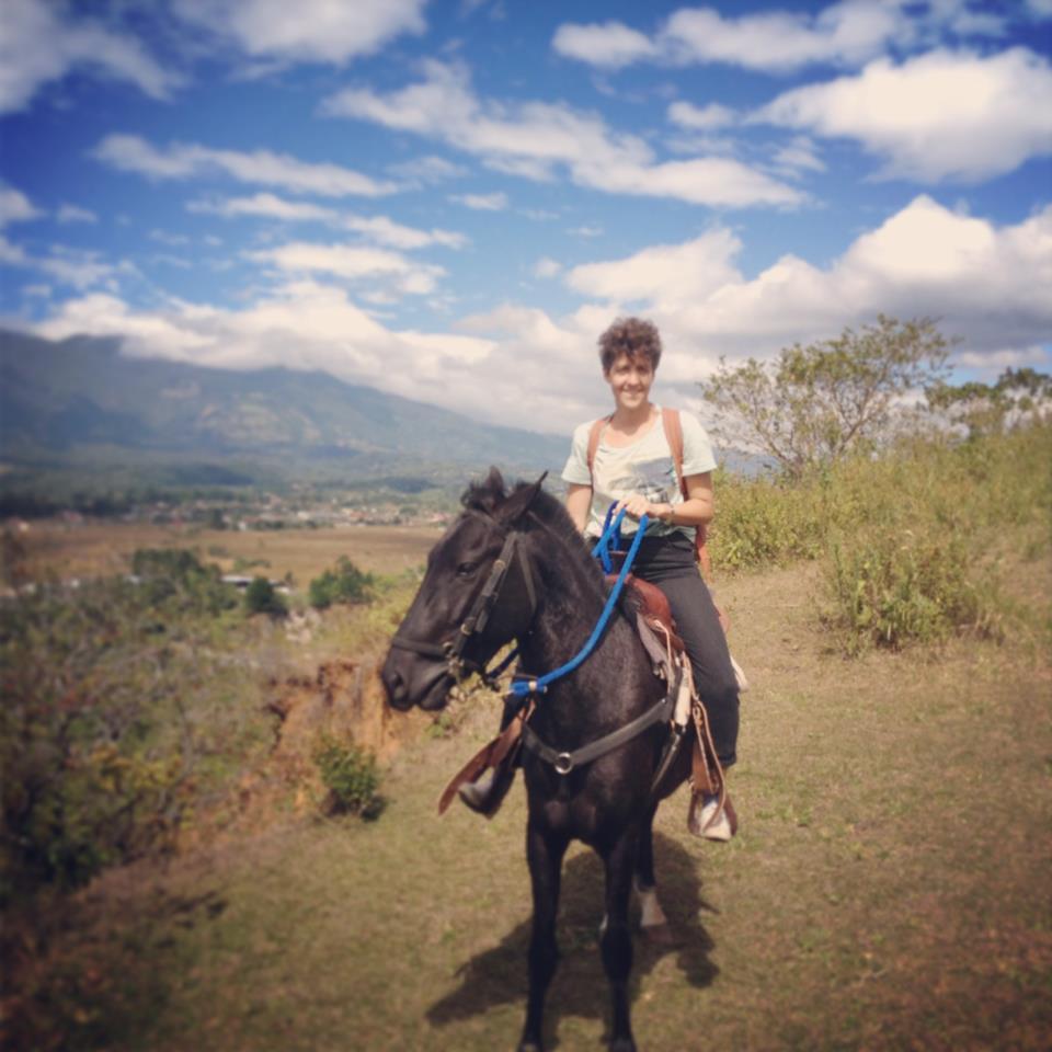 A caballo en Panama.