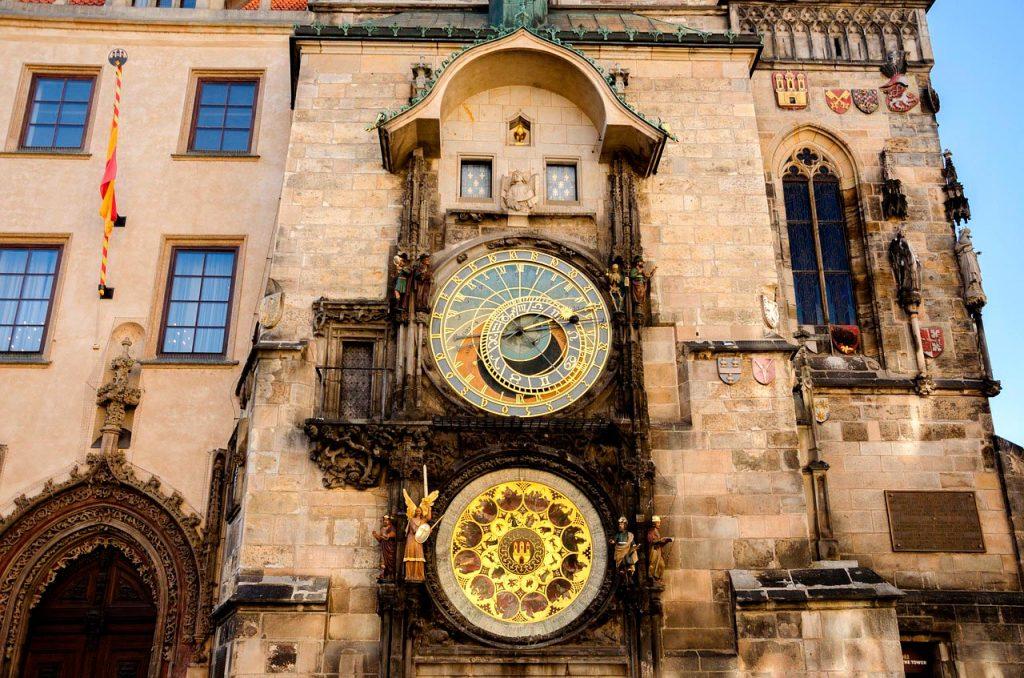 reloj-universal-praga